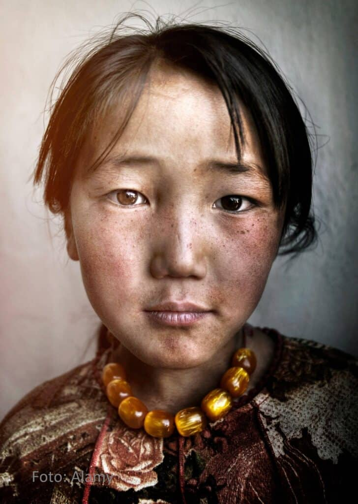 Mongolian Girl - Alamy
