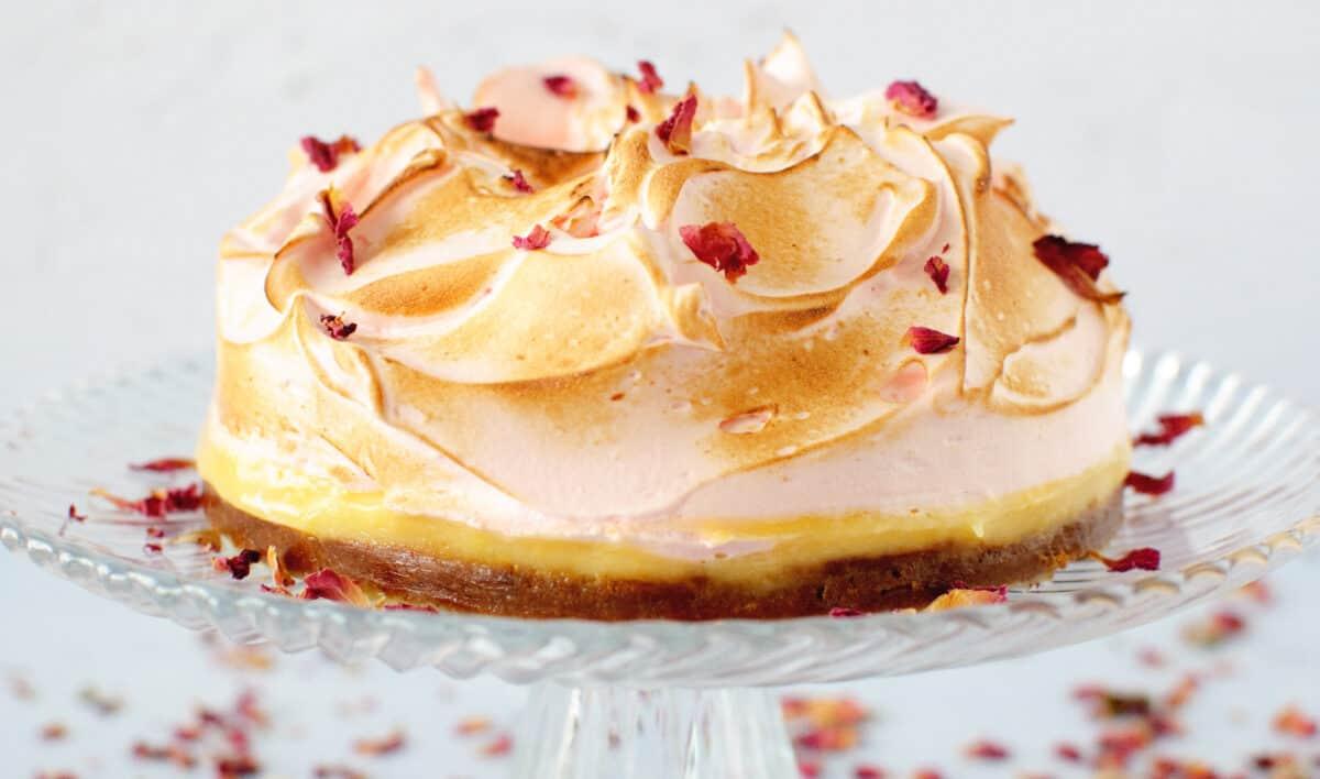 Rozen citroen meringue taartje
