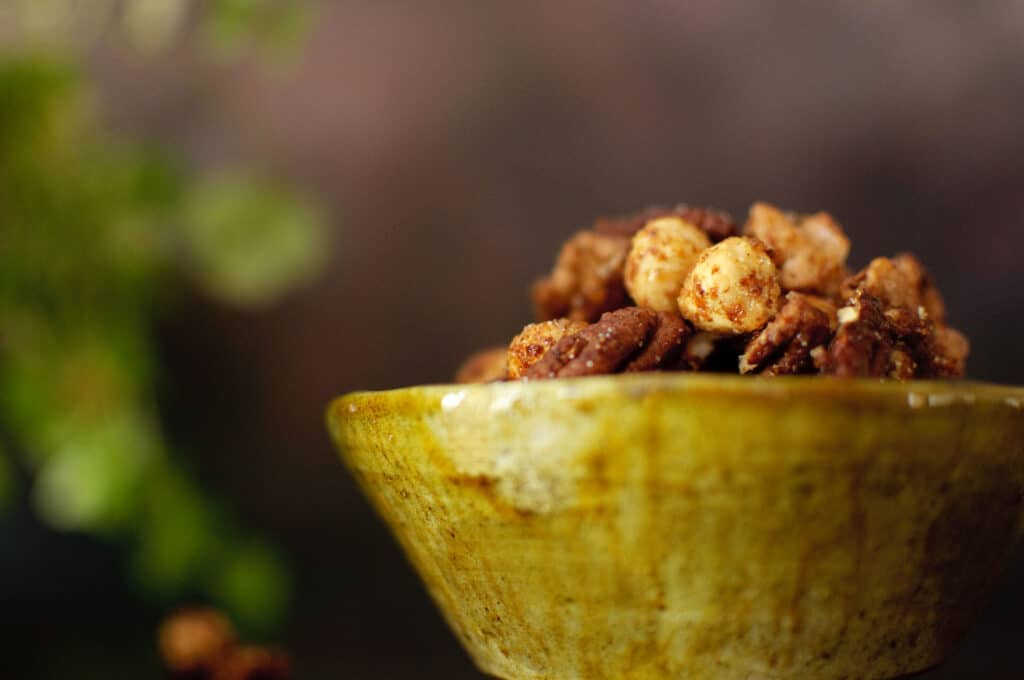 Geroosterde noten met specerijen